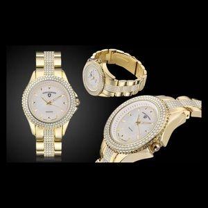 NEW! Women's Swiss Diamonds Genuine Diamond Watch